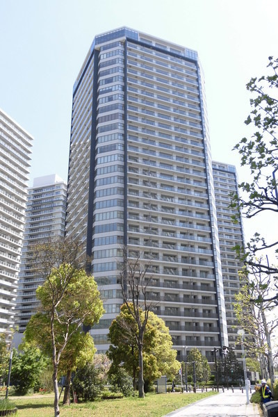 ブリリアグランデみなとみらい パークフロントタワー9階