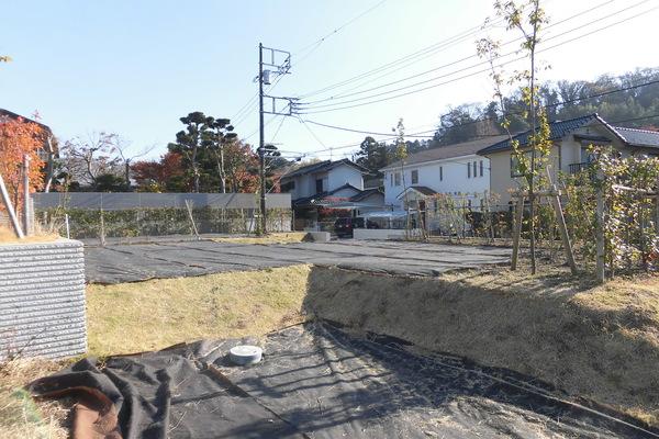 【現地】南・西 二方角地(西側から撮影) / 敷地面積:170.02㎡(約51.43坪)