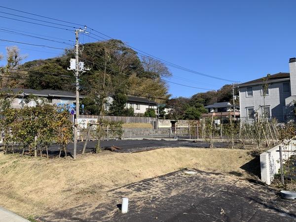 【現地】西・北 二方角地(西側から撮影)  / 敷地面積:170.02㎡(約51.43坪)