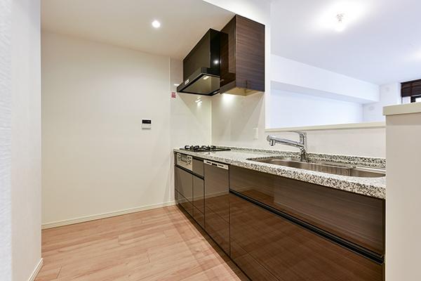 キッチン(約3.4帖)浄水器・食器洗乾燥機・ディスポーザー設置