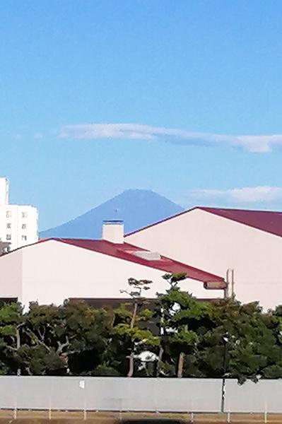 居室からの富士山眺望写真(令和2年8月撮影)