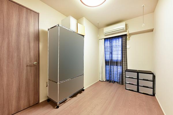 約5帖洋室にもクローゼットあり。