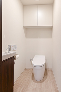 トイレ(手洗いカウンターセットあり)