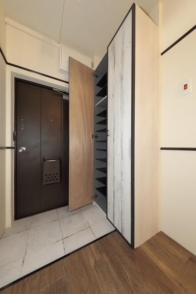 玄関 収納豊富なシューズボックスが設置されております