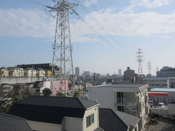 バルコニーからの眺望 船橋駅方面が見渡せます