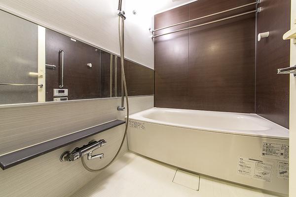 浴室(2016年11月撮影)