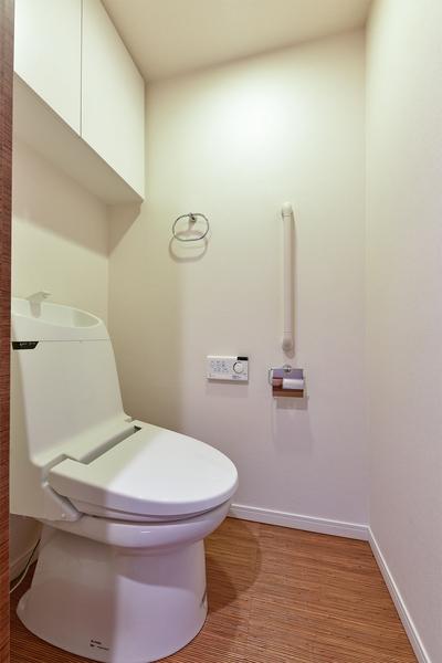 【トイレ】収納もあり使いやすいです