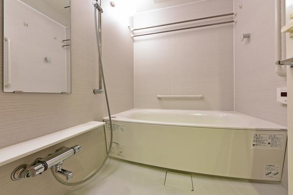 【浴室】◆浴室暖房乾燥機・床暖房 ◆フルオートバス ◆24時間換気システム