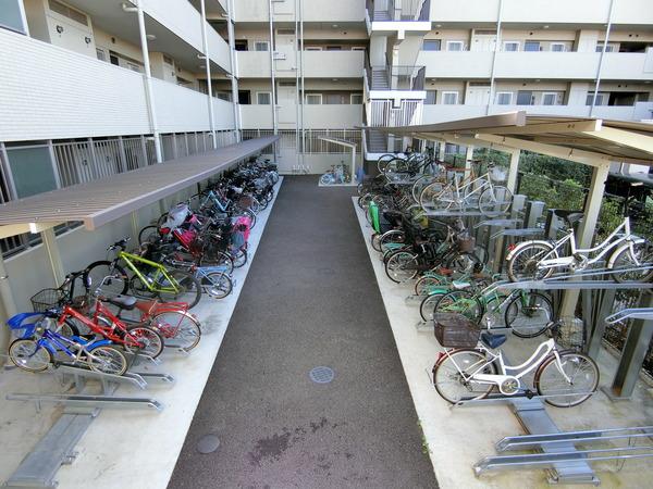 【共用部】自転車置き場