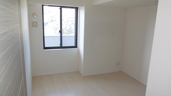 洋室(約6.2畳)