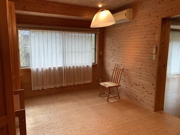 洋室(1階8帖)