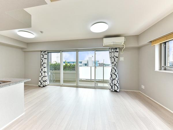 LDには温水式床暖房採用で、足元から優しく室内を暖めます