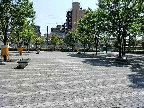 向河原駅前広場公園まで656m