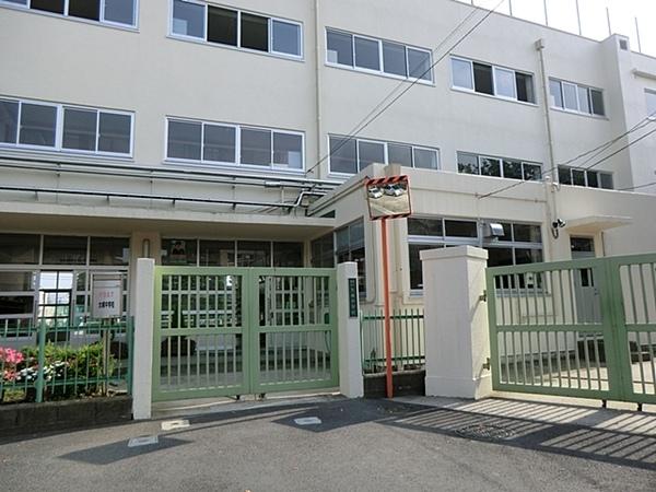 品川区立大崎中学校まで1120m