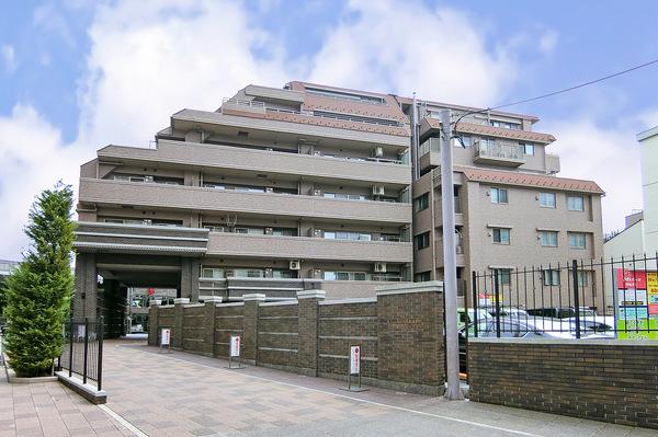 武蔵小杉駅より徒歩5分という利便性の高い立地!耐震強度1.25倍の強耐震構造!
