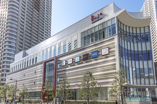 ららテラス武蔵小杉まで325m 営業時間:10:00~21:00※一部異なる店舗・医院があります。