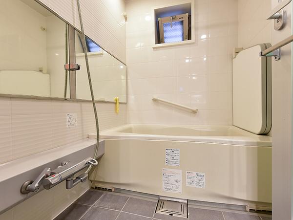 浴室暖房乾燥機フルオートバス採用!経済的でパワフルなガス温水式!24時間低風量換気システム付!