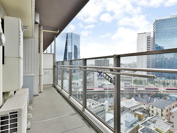 バルコニーは11階部分につき、陽当たり・眺望良好!