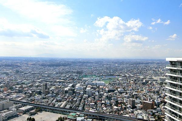 西向きにつき、晴天時には富士山を望めます。