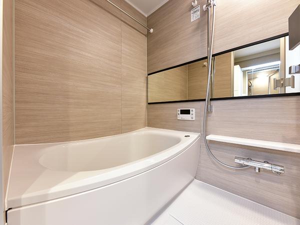 浴室換気乾燥機能付オートバス採用で、いつでも快適なバスタイムをお過ごし頂けます。