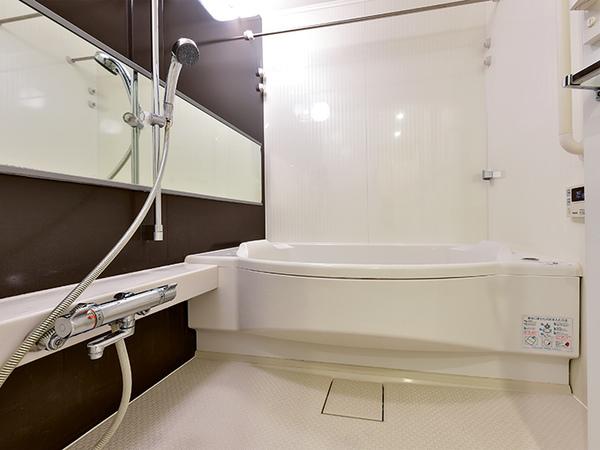浴室暖房乾燥機付オートバスでいつでも快適なバスタイムをお過ごし頂けます!