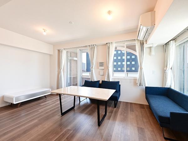 LDには空気を汚さず足元から優しくお部屋全体を暖める床暖房を採用!