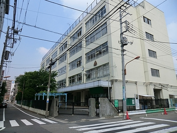 墨田区立錦糸中学校:800m 徒歩10分