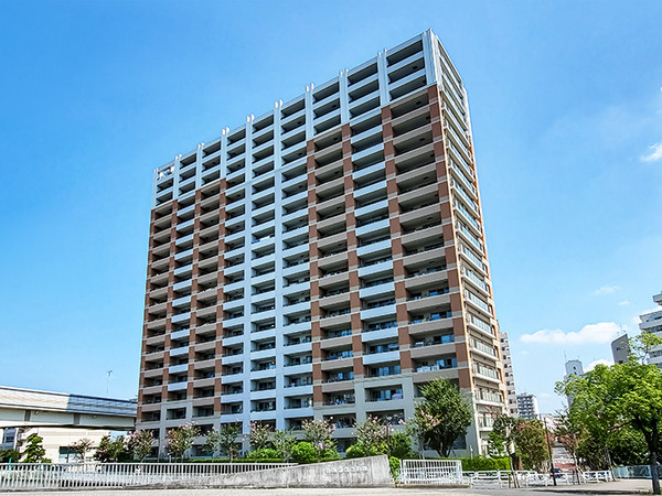 東京建物旧分譲・総戸数230戸のビッグコミュニティ・共用施設、コンシェルジュサービスなど充実