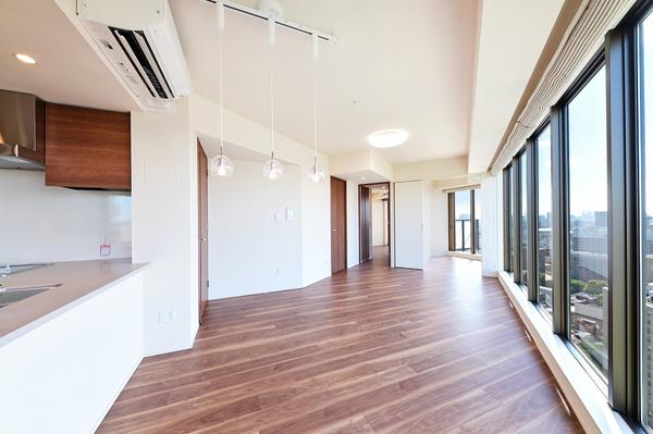 LDには足元からお部屋を暖める床暖房を設置。埃を巻き上げずクリーンな室内を保ちます。