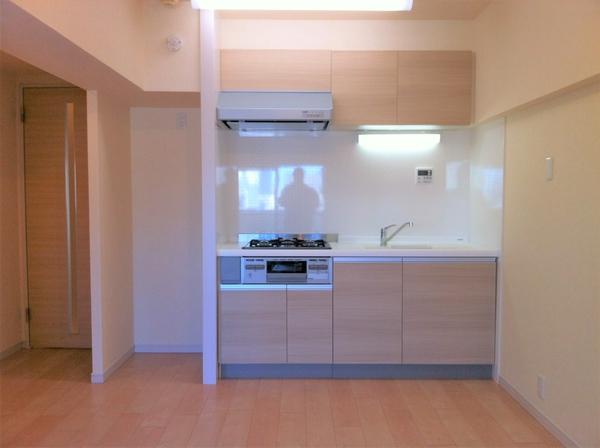 キッチン(平成24年のリフォーム時の写真です)