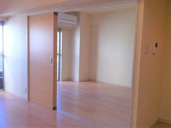 洋室(平成24年のリフォーム時の写真です)