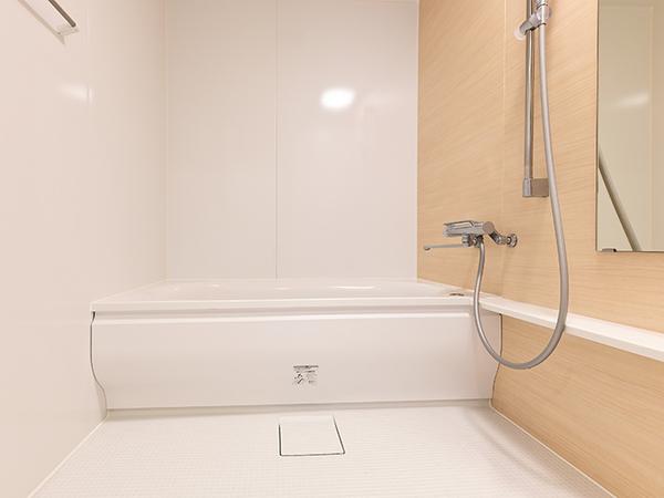 浴室(サイズ1.4m×1.8m/浴室乾燥機付)