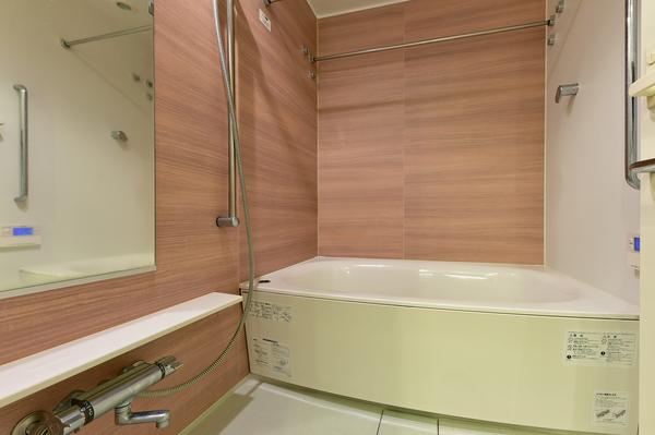 浴室(1.4m×1.8mサイズ、浴室暖房乾燥機付)