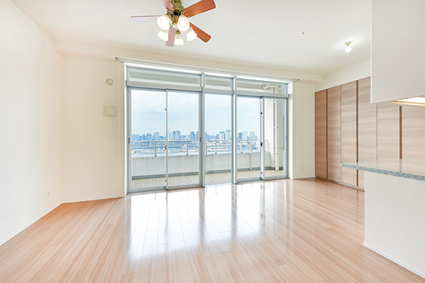 室内写真は空室時(2020.3)撮影のもので現況と異なる場合がございます。◆リビング