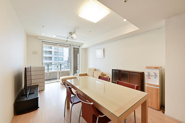 約11.0畳のリビング・ダイニング/家具・家電の配置がしやすい間取です。