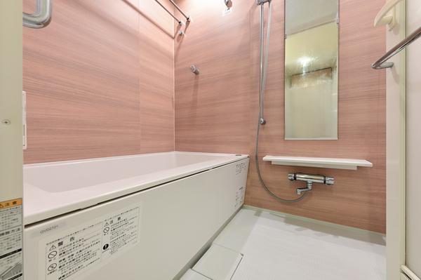 浴室1216サイズ、浴室暖房換気乾燥機を装備
