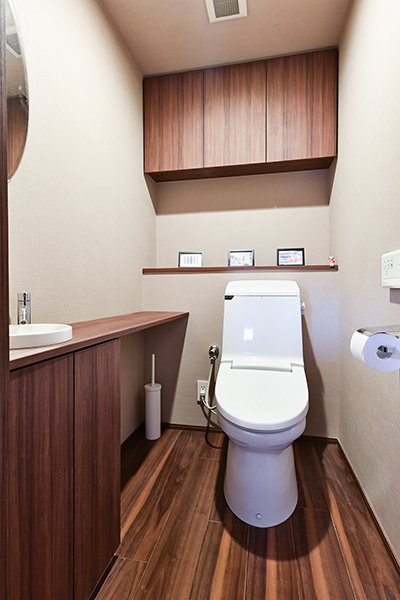 トイレ/手洗いカウンター・吊戸棚設置