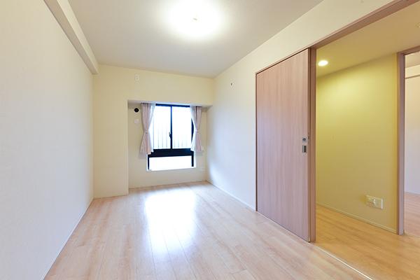 洋室 主寝室