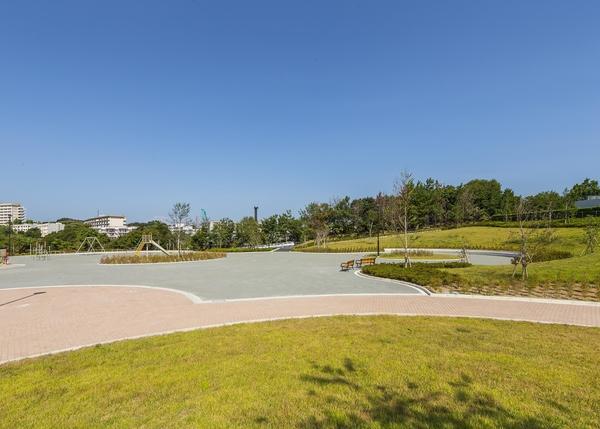敷地内 提供公園