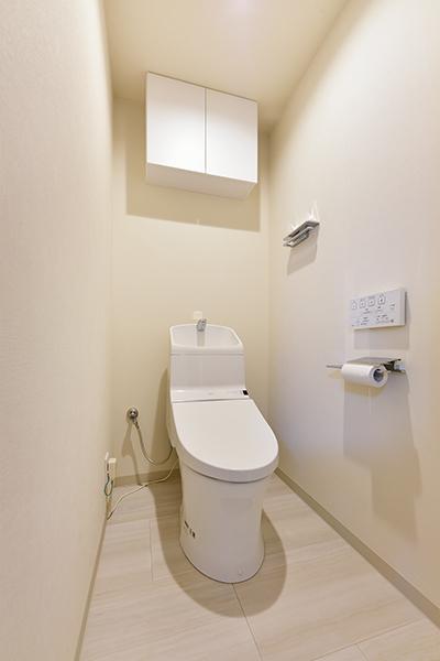 トイレ、令和2年4月撮影