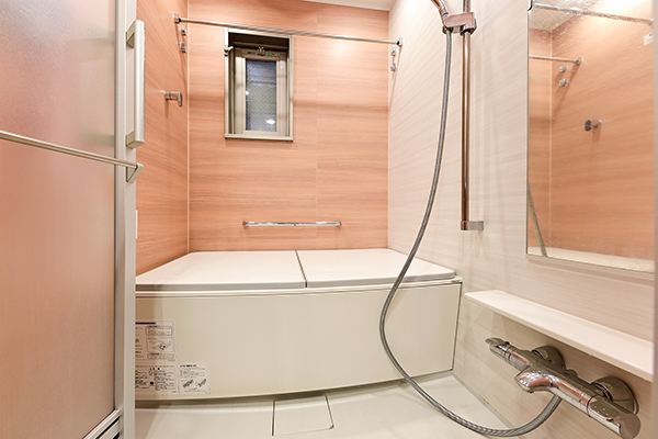 浴室暖房乾燥機、フルオートバス、低床式ユニットバスで1317typeです!