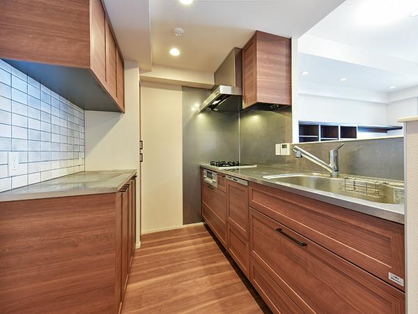 《キッチン》