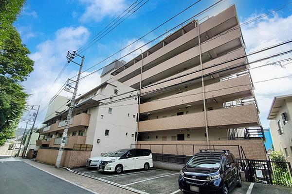 人気の広尾エリア!!広尾駅より徒歩4分、広尾商店街を抜けてすぐに位置する好立地。