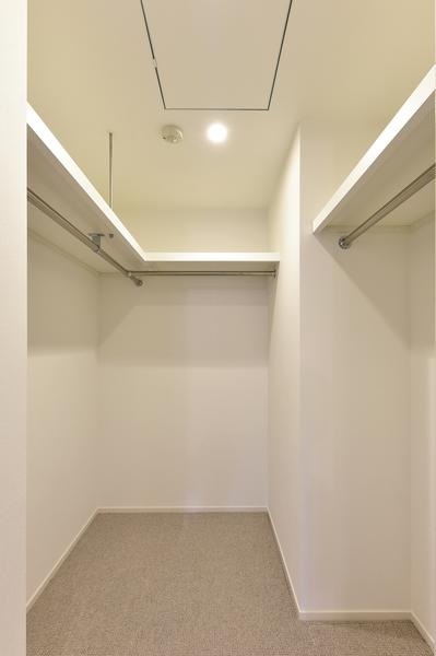 洋室には使い勝手の良いWICを設置。