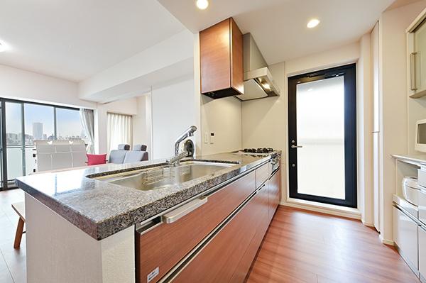 キッチン(約3.6帖)※窓、食洗機あり