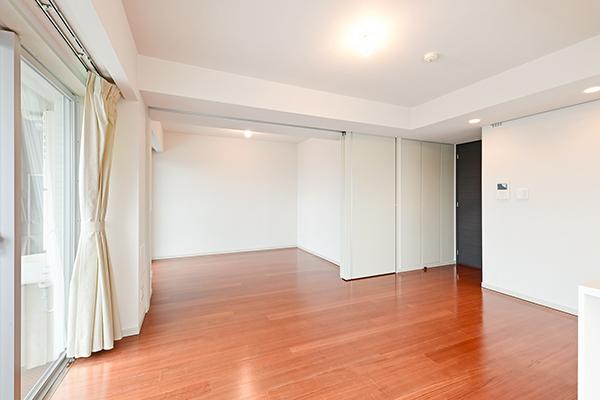 LDと隣り合った洋室はウォールドアで区切られています。