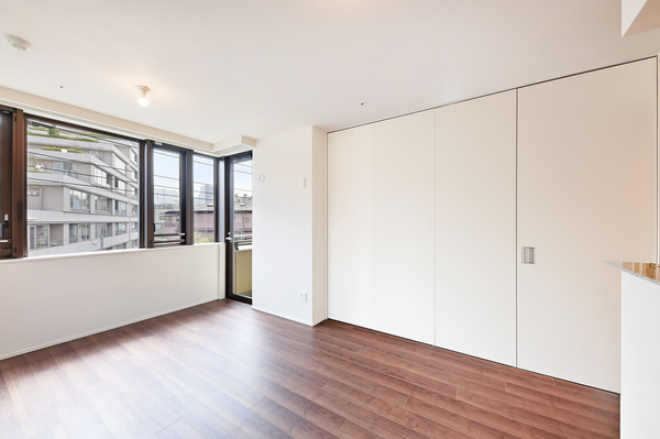 隣り合った洋室とはウォールドアで区切ることができます。