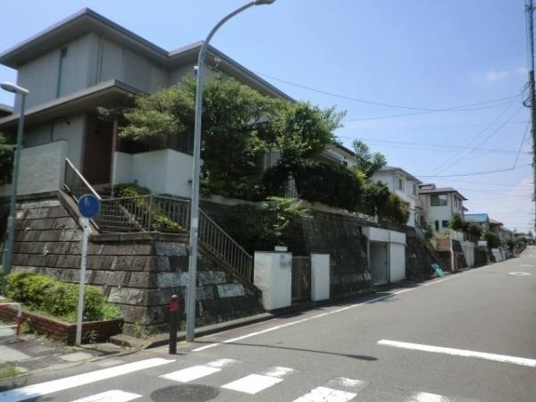 神奈川県横浜市栄区桂台中